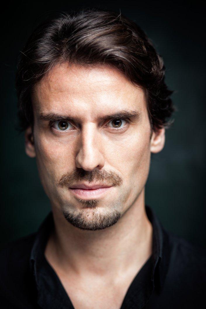 Fabian Monasterios, Mann, Portrait, Schauspieler