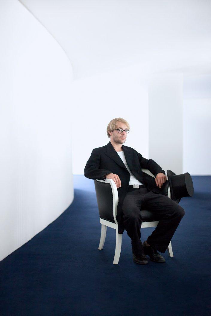 Mann, Mirco Kreibch, Portrait, Schauspieler, Thalia Theater