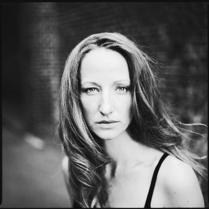 Analog, s/w, Mittelformat, Schauspieler, Jantje Billker